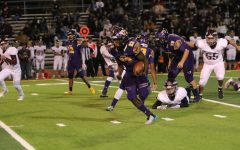 Burges running back Tavrous Jones gains national attention with multiple Division I offers