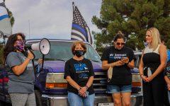 El Pasoans unite to 'back the blue'