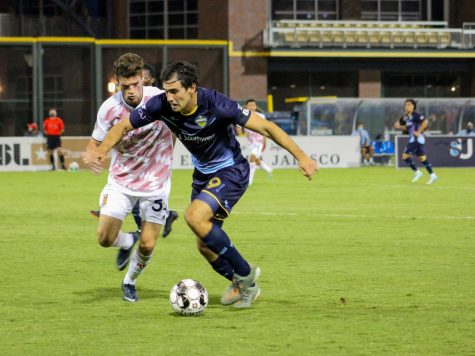 El Paso Locomotive Forward Omar Salgado runs against a member of Real Monarchs at Southwest University Park, Saturday, Sept. 19.