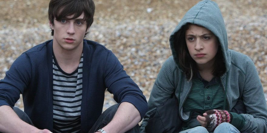 Angus%2C+Thongs+and+Perfect+Snogging+is+a+2008+teen+romantic+comedy+film+co-written+and+directed+by+Gurinder+Chadha%2C+based+on+the+young+adult+novels+Angus%2C+Thongs+and+Full-Frontal+Snogging+%281999%29+and+It%27s+OK%2C+I%27m+Wearing+Really+Big+Knickers+%282000%29+by+Louise+Rennison.+Photo+courtesy+of+Tunefind.
