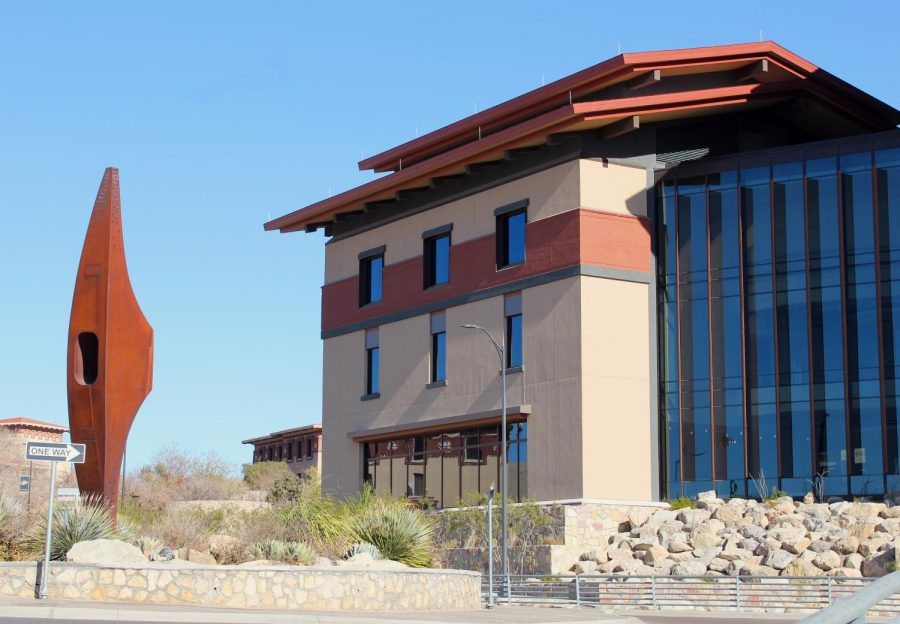 UTEP's new Interdisciplinary Research Building (IDRB) serves as the University's COVID-19 vaccine program.